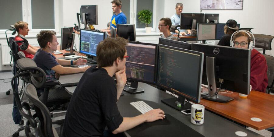 O que é uma Empresa de Software e como montar uma do zero