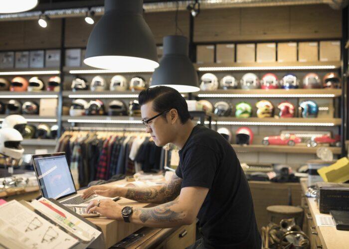 O que significa marketplace e como iniciar nesse mercado digital