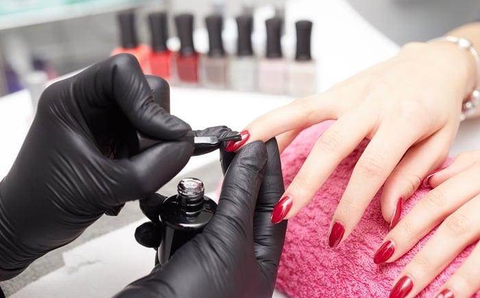 Aplicativo de Manicure: 5 aplicativos para fazer suas unhas em casa