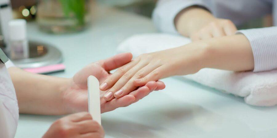 Aplicativo de manicure a domicilio: como prestar serviços no modelo